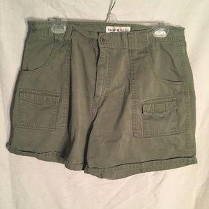 EUC Faded Glory jean Co. green jean shorts size 16